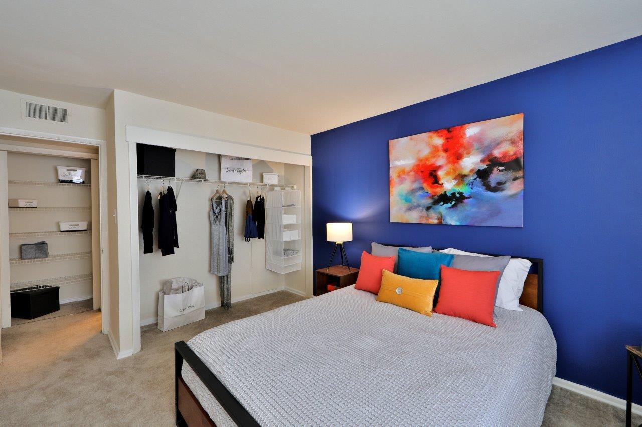 Brookdale at Mark Center Apartment Homes rental