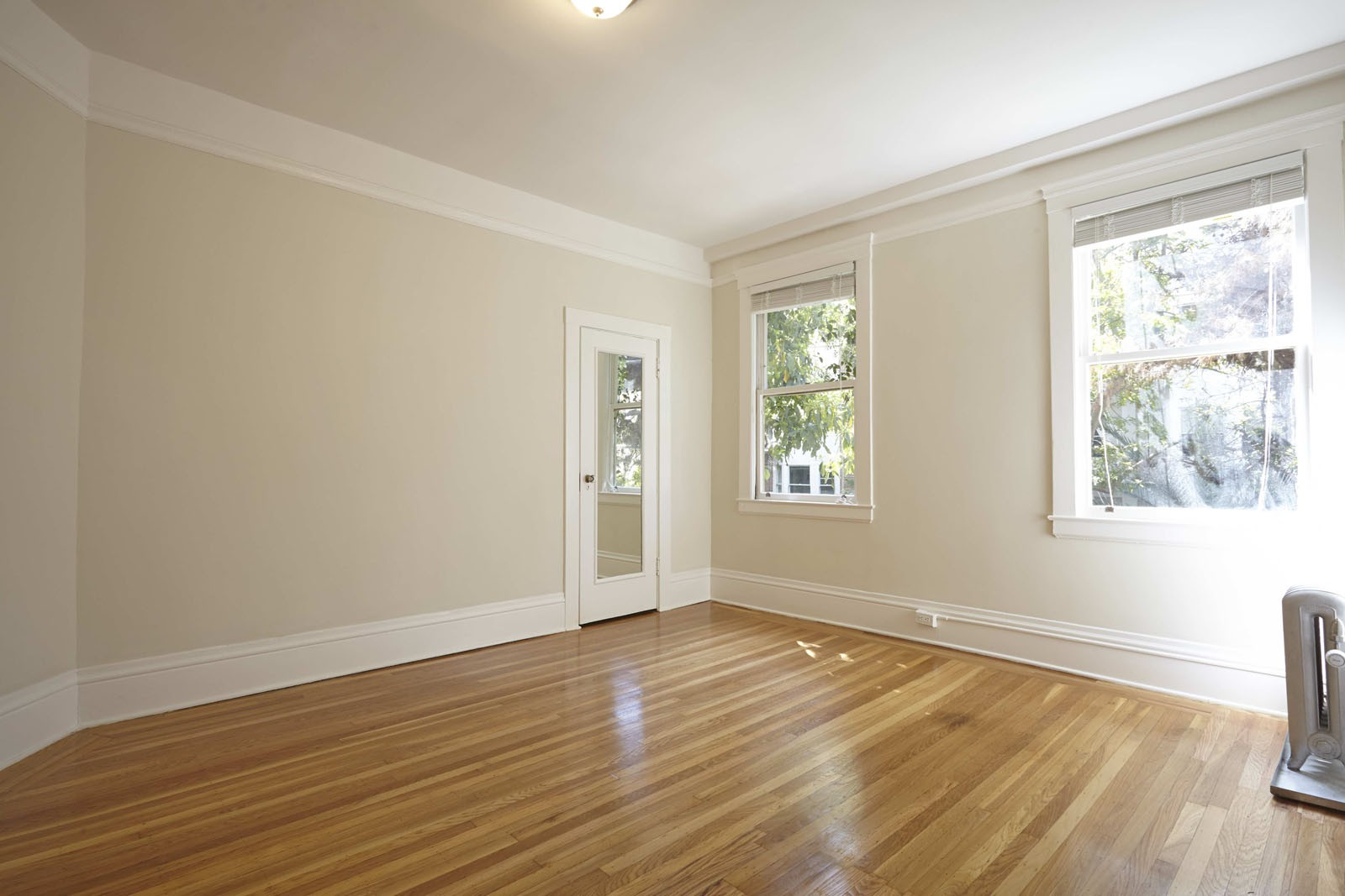 1035 SUTTER Apartments
