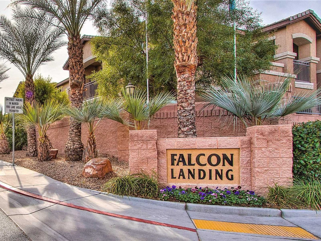 falcon landing luxury apartments 5067 madre mesa dr las vegas nv