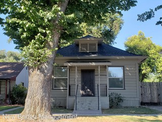 624 2nd st modesto ca 95351 2 bedroom house for rent for 995 rh zumper com  2 bedroom houses for sale in modesto ca