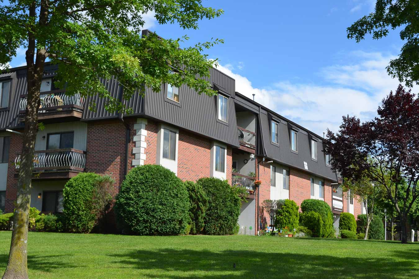 Apartments Near Caldwell Rachel Gardens for Caldwell College Students in Caldwell, NJ