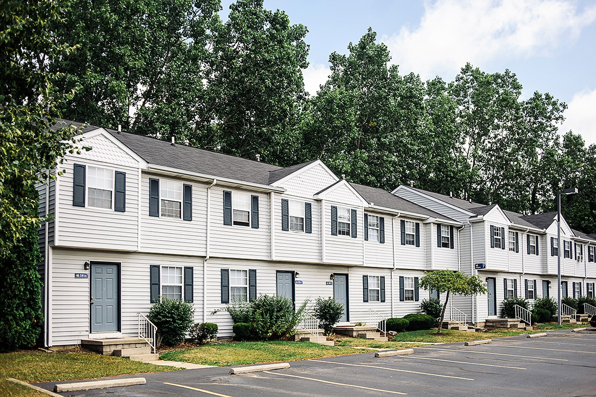 Spring Hollow Apartments