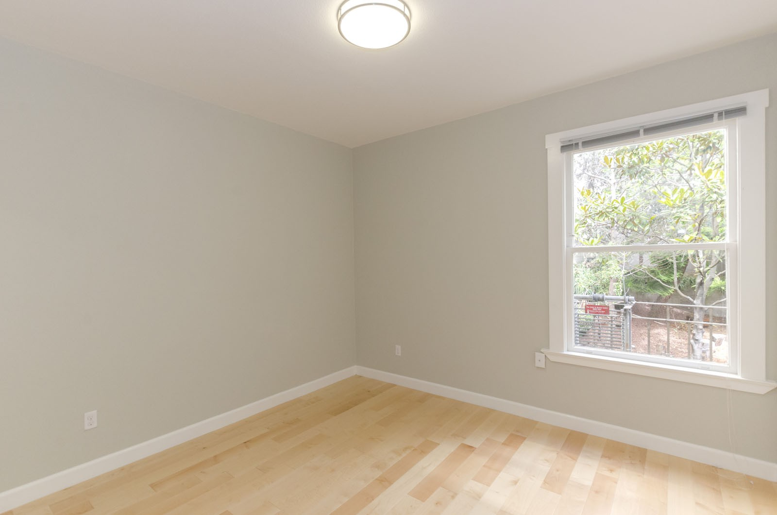 1060 PINE Apartments