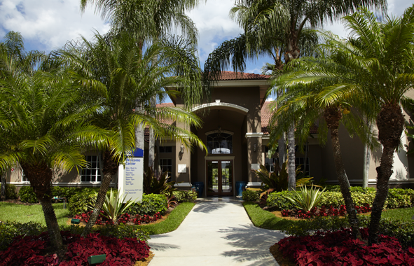 Apartments Near AIU South Florida Camden Plantation for American Intercontinental University Students in Weston, FL