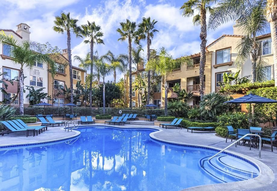 Apartments Near Saddleback Camden Crown Valley for Saddleback College Students in Mission Viejo, CA