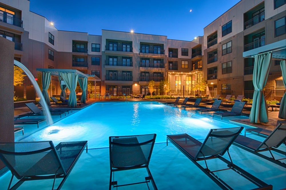 Apartments Near HBU Pearl Woodlake for Houston Baptist University Students in Houston, TX