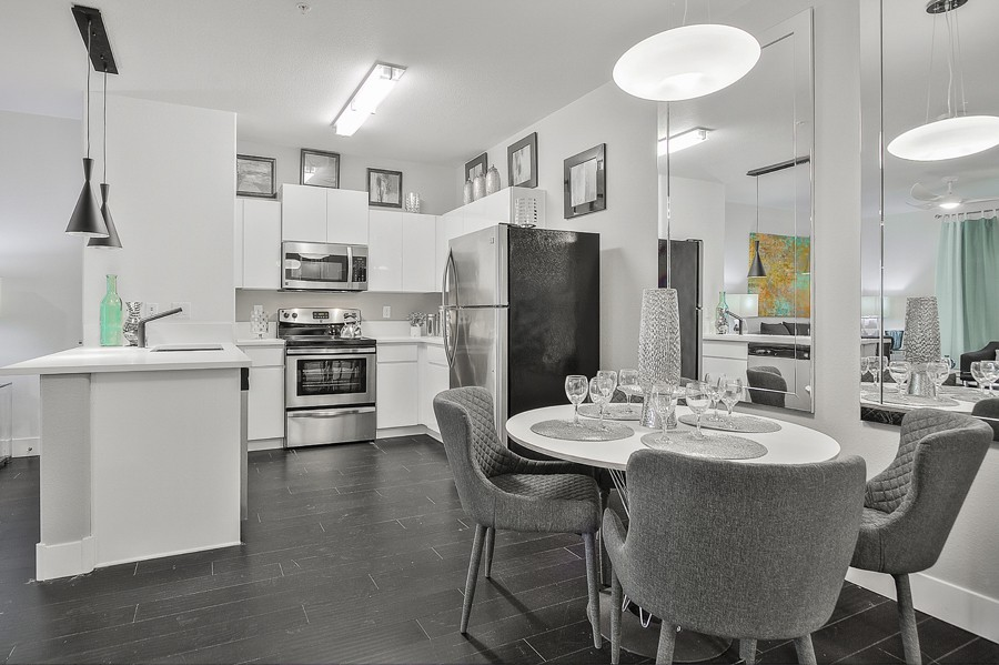 Apartments Near AI Las Vegas Evolve for The Art Institute of Las Vegas Students in Henderson, NV
