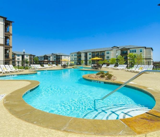 Apartments Near Eastfield College  Olympus Woodbridge for Eastfield College  Students in Mesquite, TX