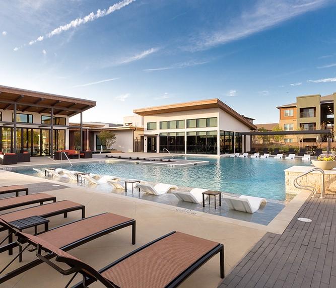 Apartments Near UT Arlington The Davis for University of Texas at Arlington Students in Arlington, TX