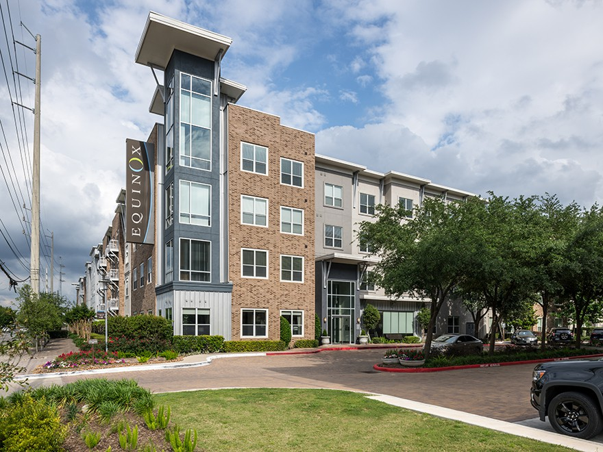 Apartments Near BCM Equinox for Baylor College of Medicine Students in Houston, TX