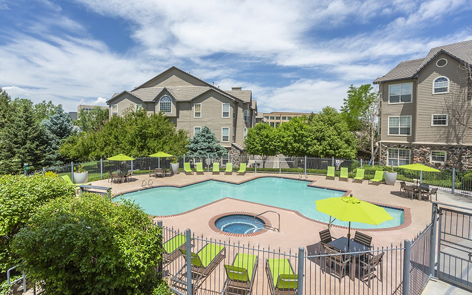 Apartments Near JIU Timber Creek for Jones International University Students in Centennial, CO