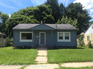 1525 Green St Rockford Il 61102 2 Bedroom House For Rent For 500