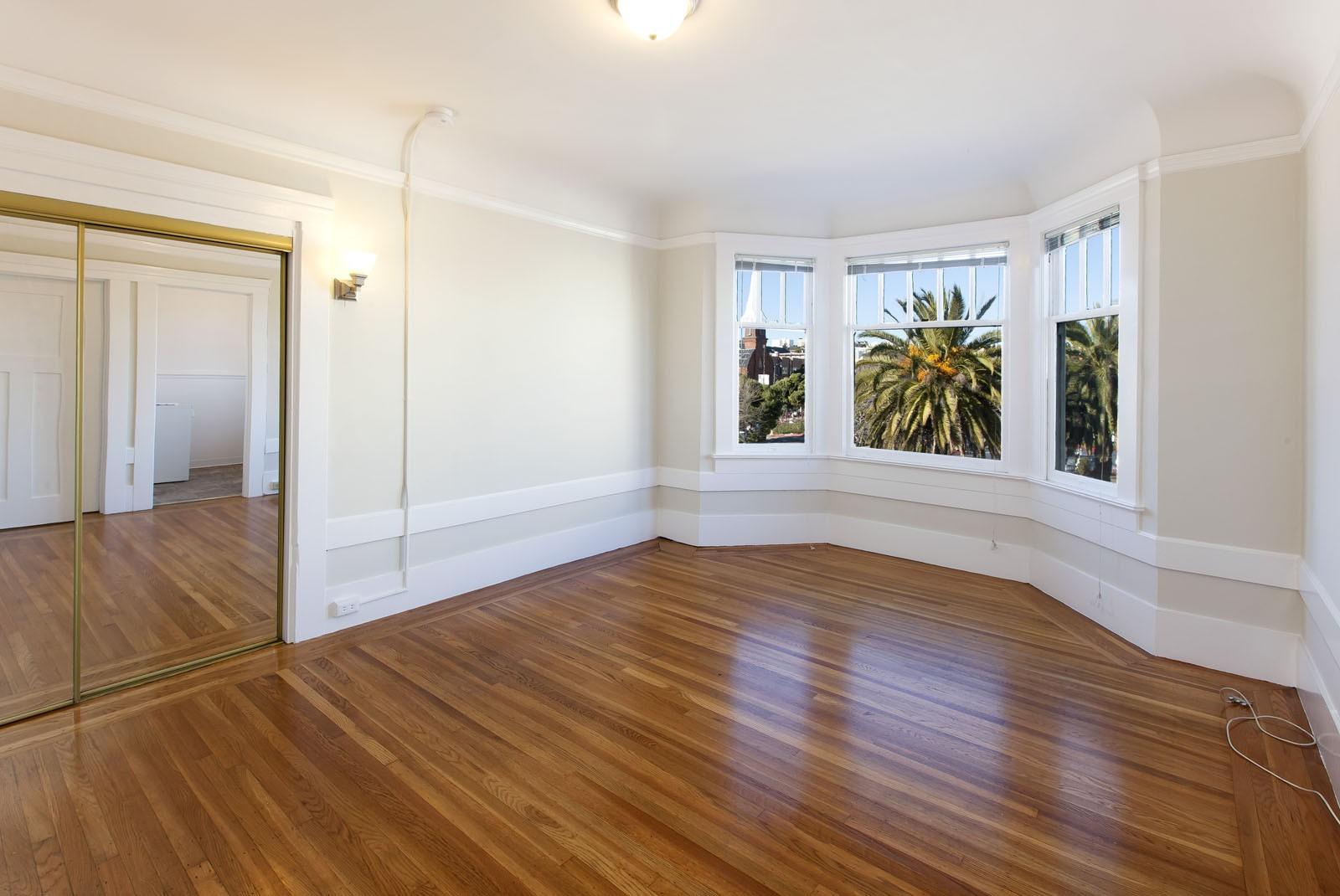 2079 MARKET Apartments