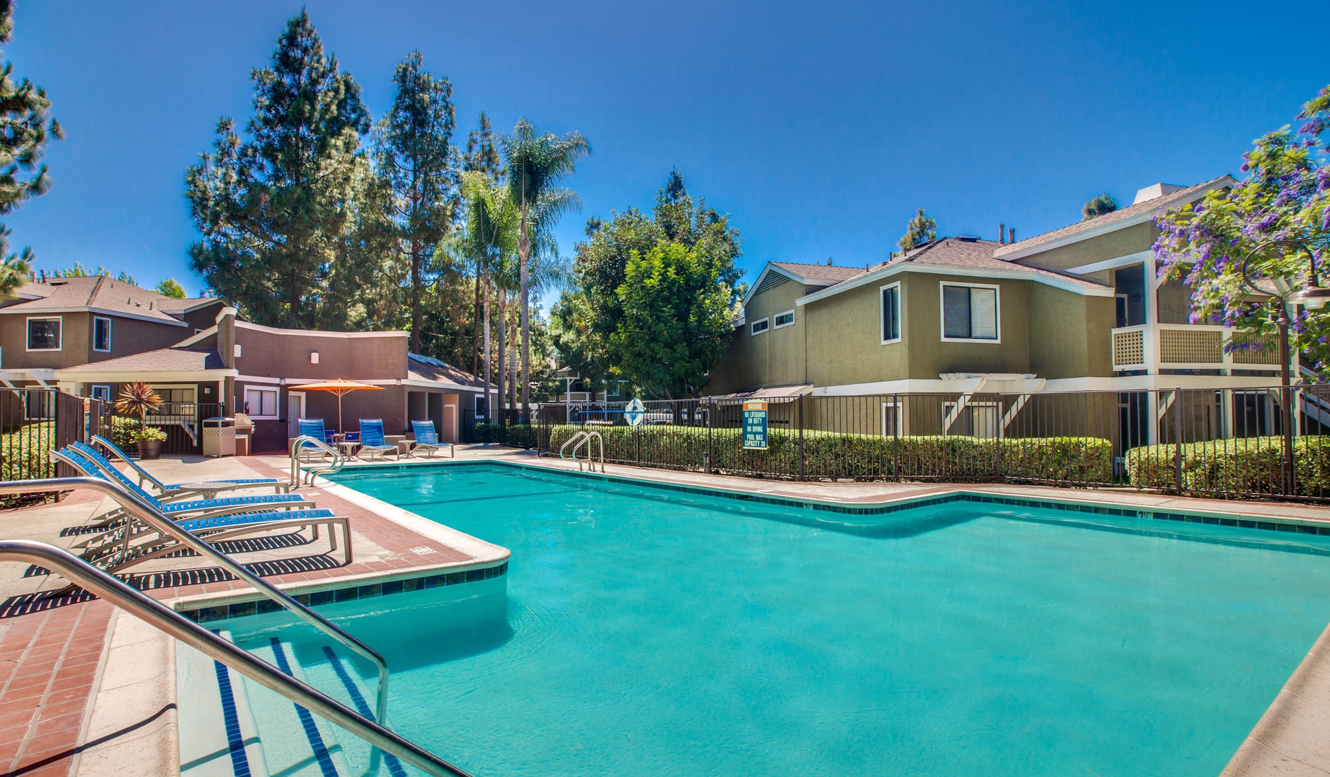 Apartments Near MiraCosta Island Club Apartments for Mira Costa College Students in Oceanside, CA