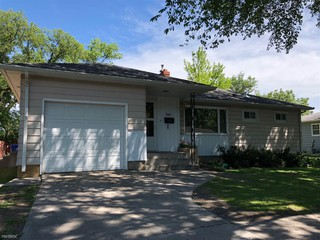 1615 28th Ave S Fargo Nd 58103 4 Bedroom House For Rent For 1475 Month Zumper