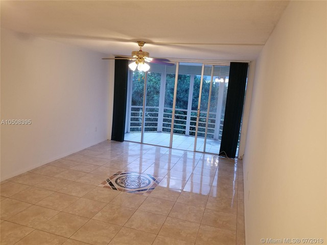 1201 Northeast 191st Street Miami Fl 33179 1 Bedroom Apartment For