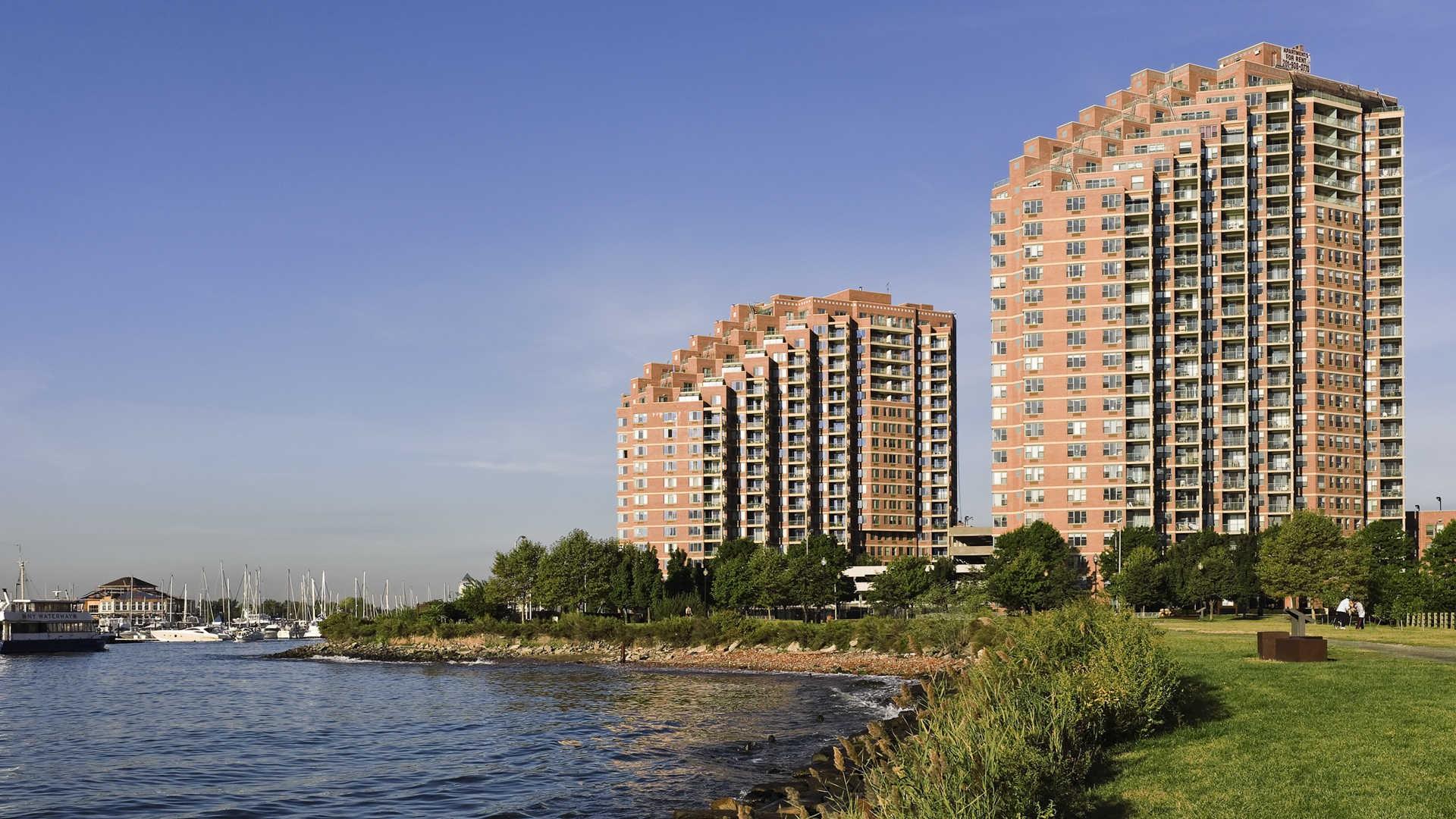 Portside Towers photo