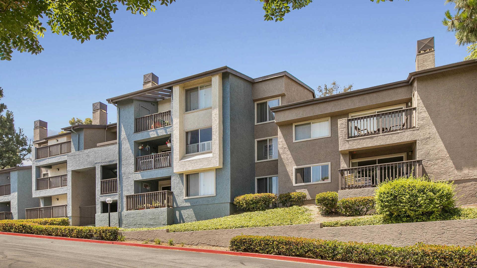 40 apartments in long beach ca avail now rh rentlingo com