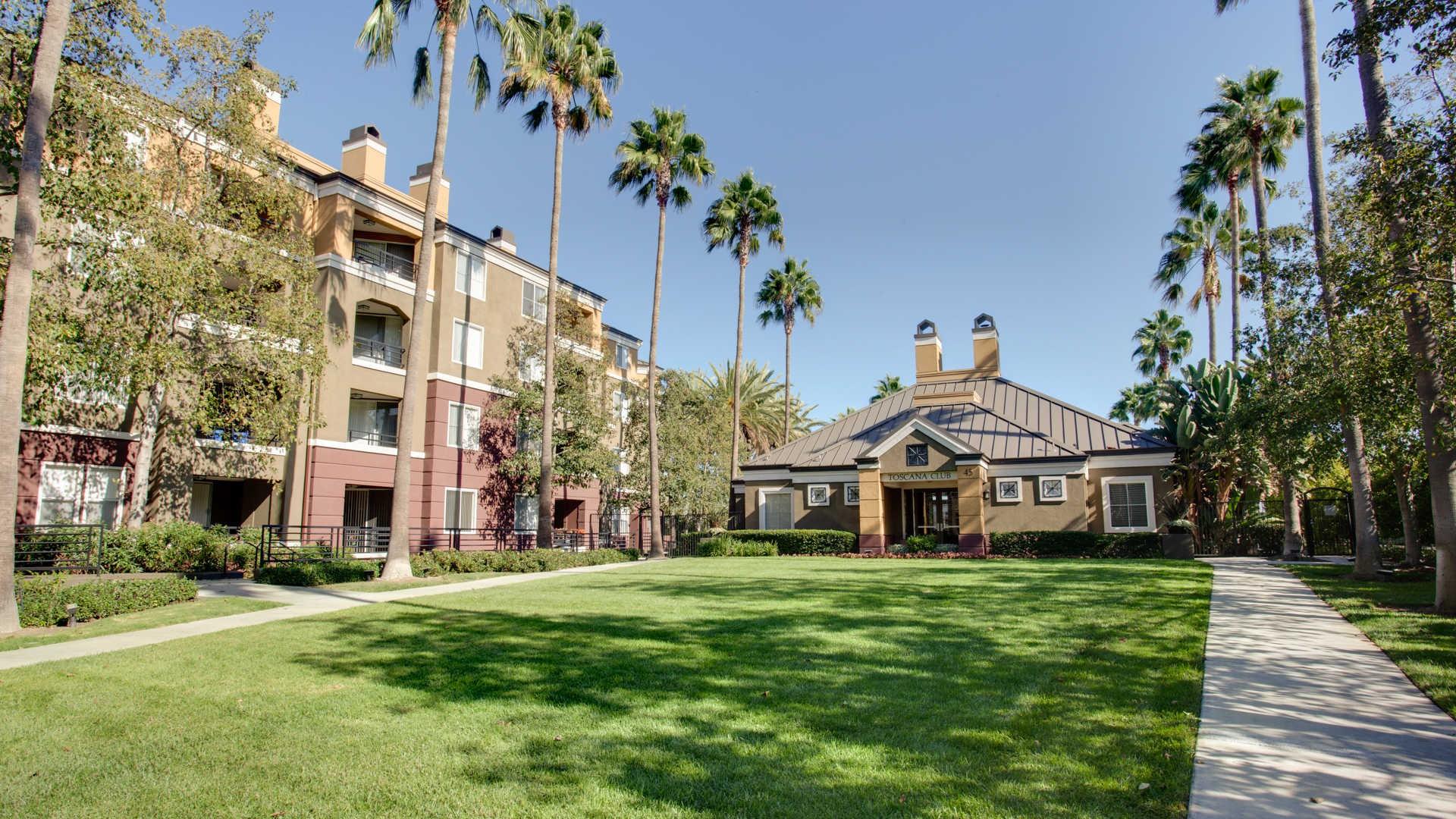 Apartments Near CUI Toscana for Concordia University Irvine Students in Irvine, CA