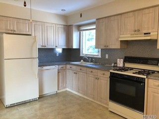6 Nassau Blvd, Garden City, NY 11530 2 Bedroom Apartment For Rent For  $2,500/month   Zumper