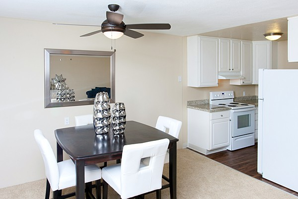 Apartments Near Stanford Stanford Villa | Walking Distance to Caltrain Station Palo Alto for Stanford University Students in Stanford, CA