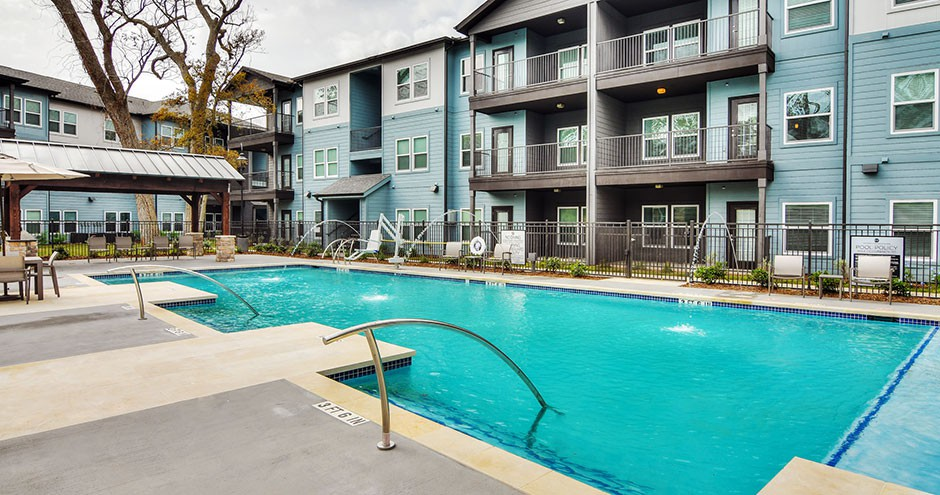 Apartments Near BC East Bank at Richwood Village for Brazosport College Students in Lake Jackson, TX