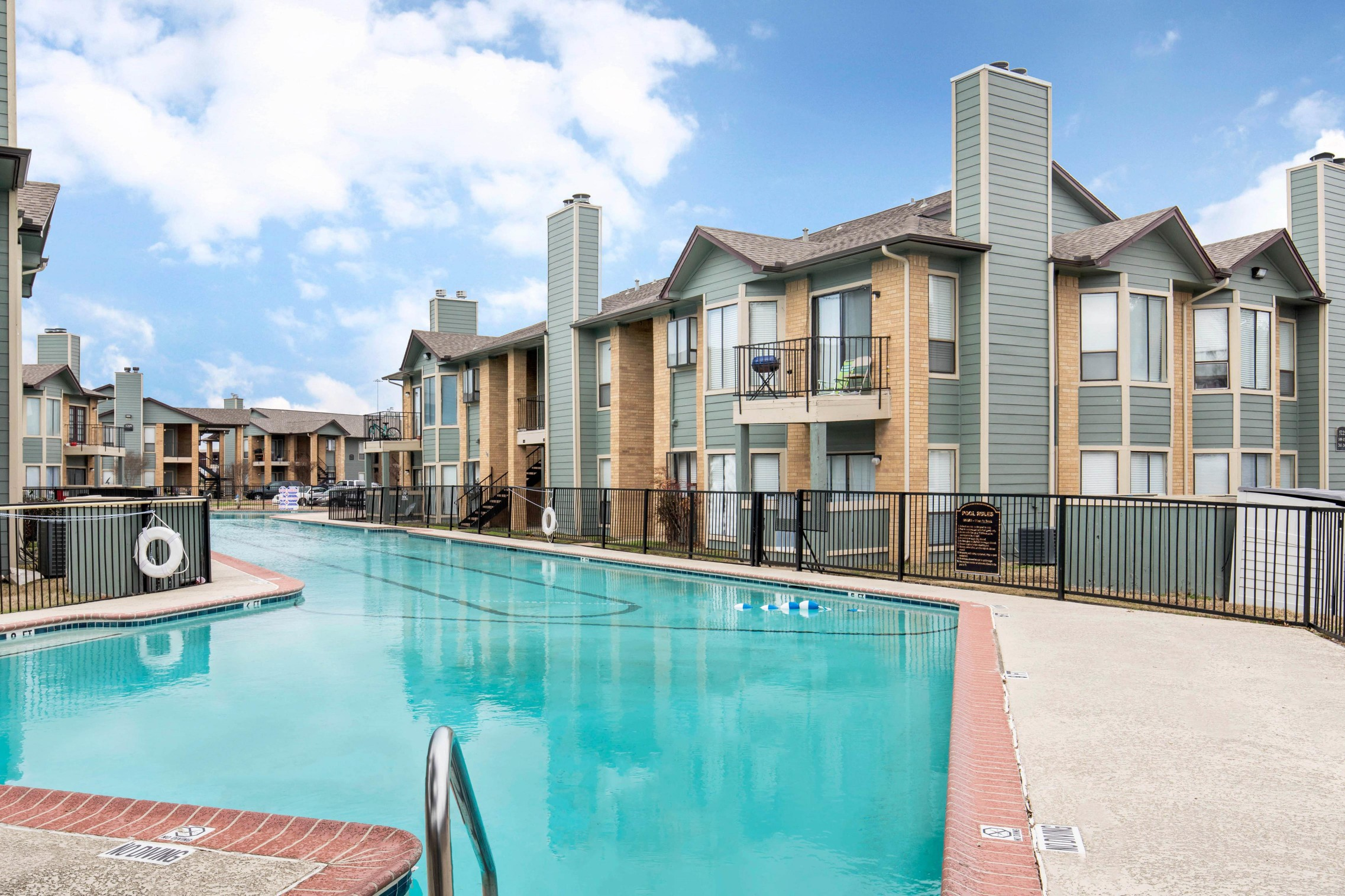 Lake Village West Apartments for rent