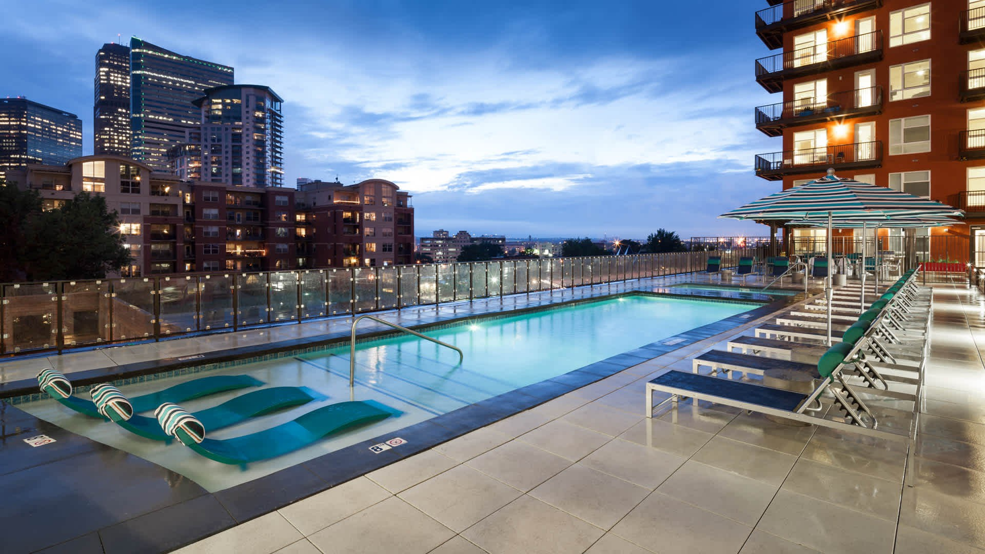 Apartments Near AiC Radius Uptown for The Art Institute of Colorado Students in Denver, CO