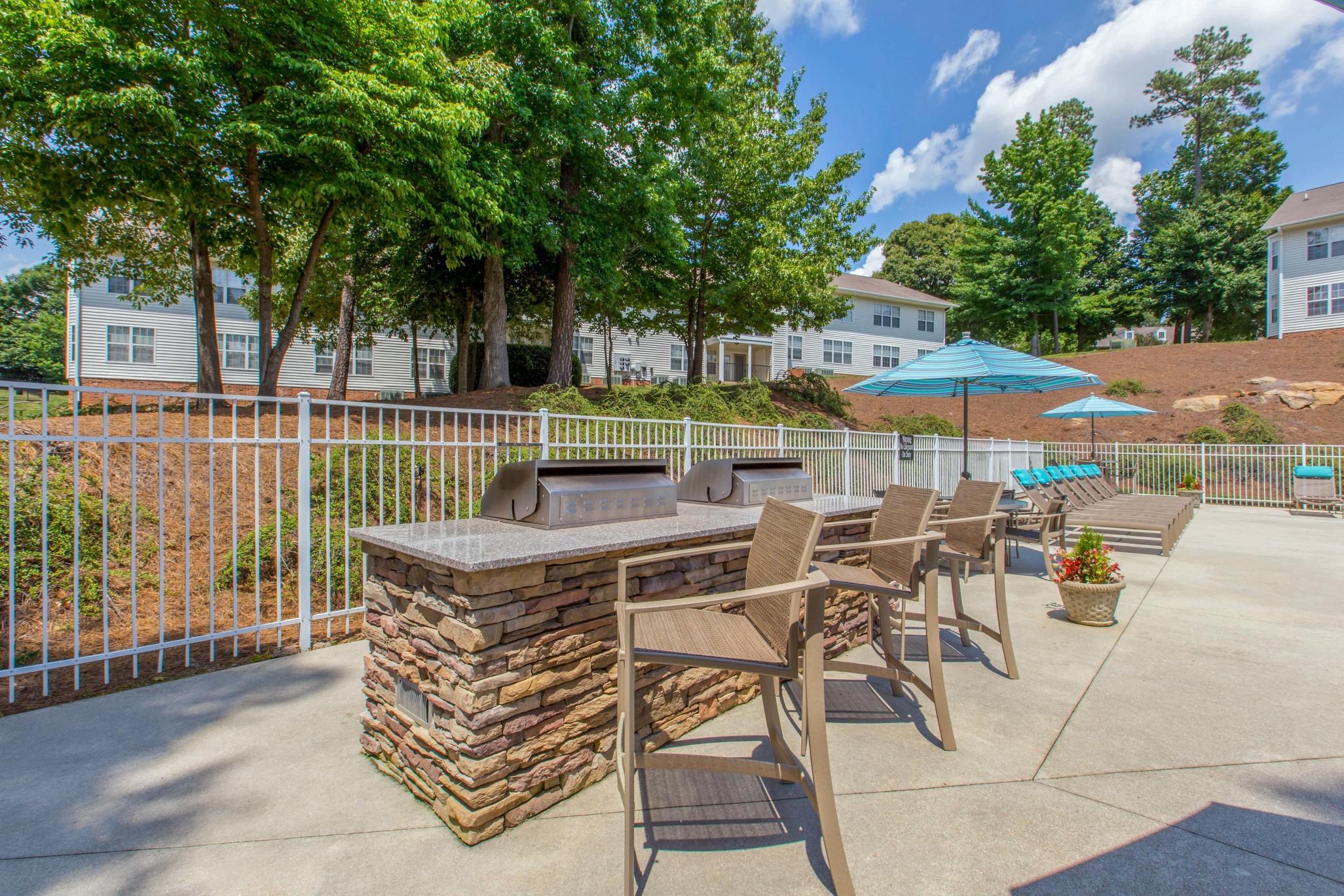 Caveness Farms Apartment Homes