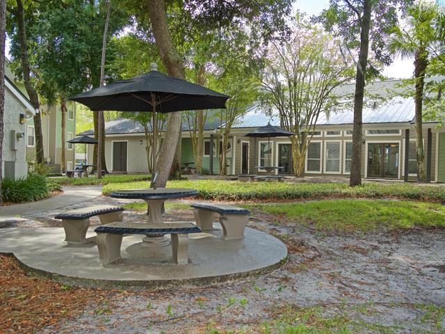 Brookwood Club Apartments rental