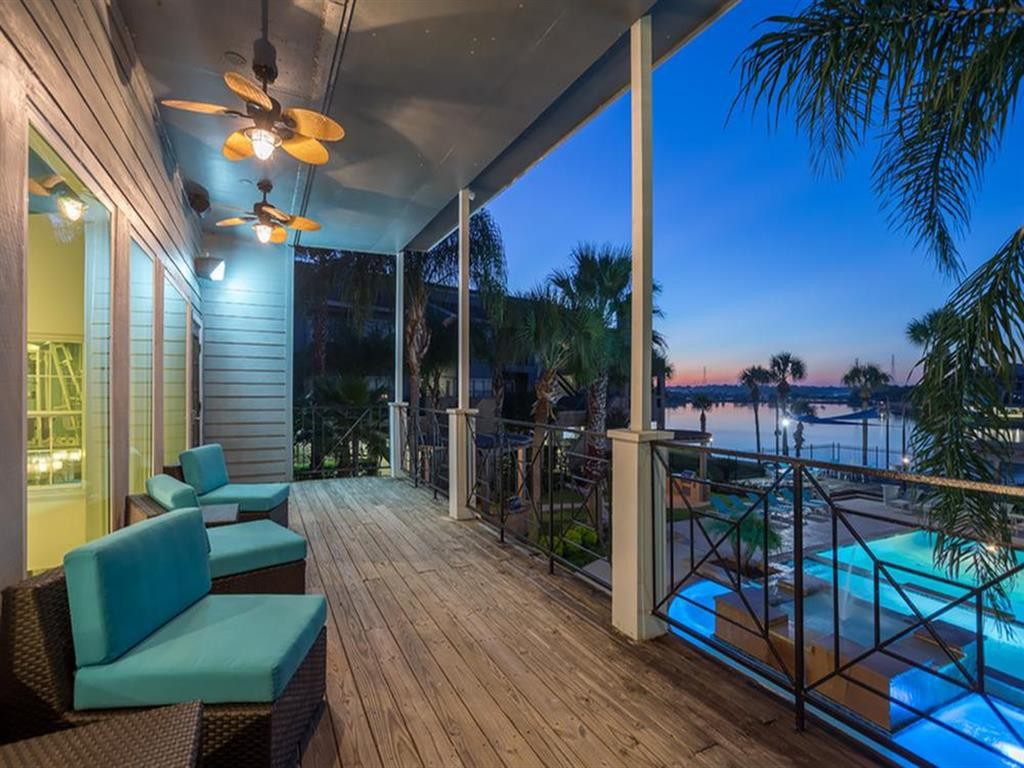 Hidden Lake Apartment Homes (Houston) photo