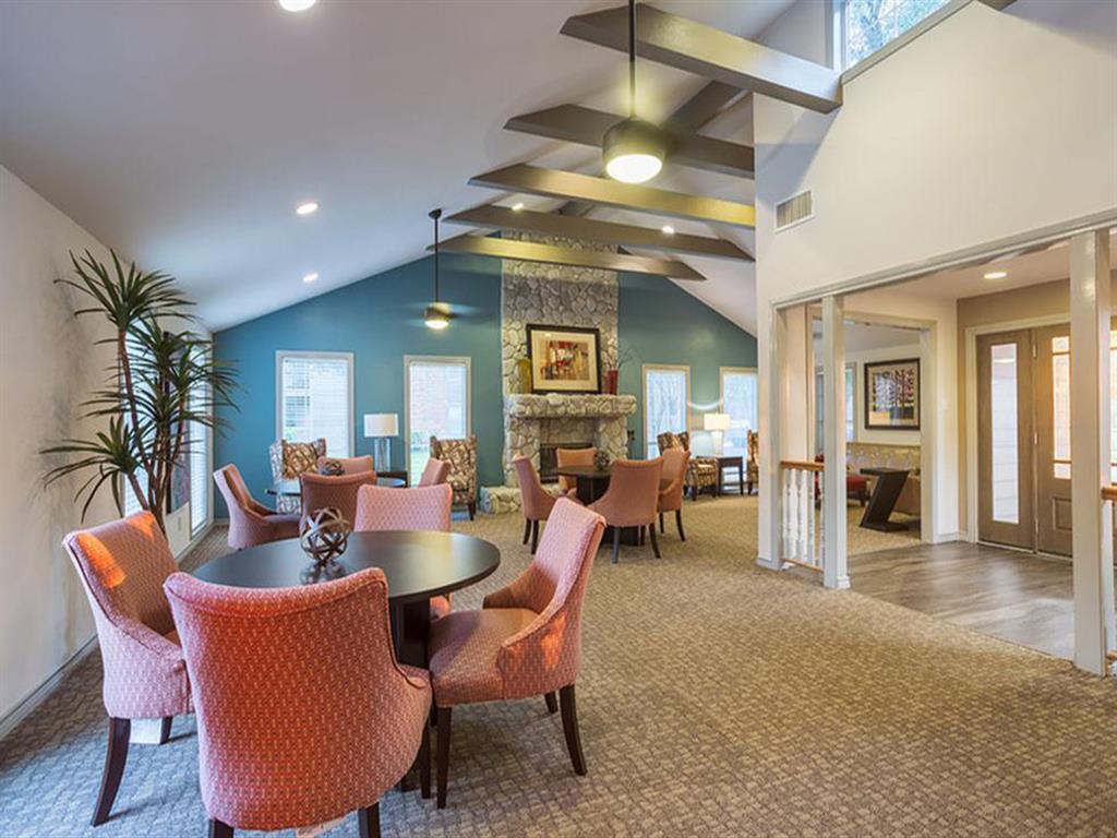 The Hunt Club at Pin Oak Apartments photo