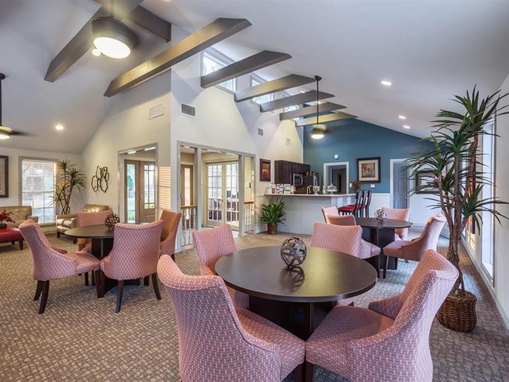 The Hunt Club at Pin Oak Apartments rental