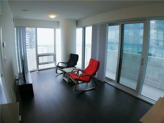 2 bedroom apartment toronto padmapper bloor street 100 harbour street 4110 apartment for rent 4110 toronto on m5j 1b7 bedroom