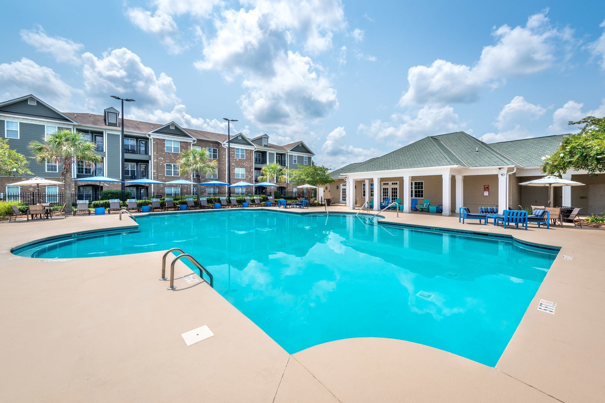 Apartments Near AASU Olympus Carrington for Armstrong Atlantic State University Students in Savannah, GA