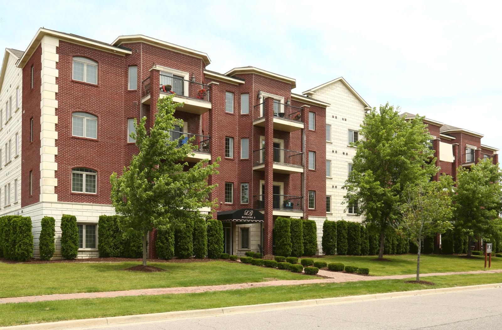 Apartments Near Michigan Lions Gate for Michigan Students in , MI