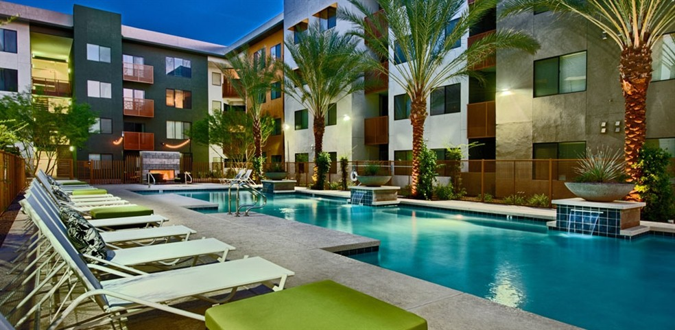 Apartments Near ASU Cactus Forty-2 for Arizona State University Students in Tempe, AZ