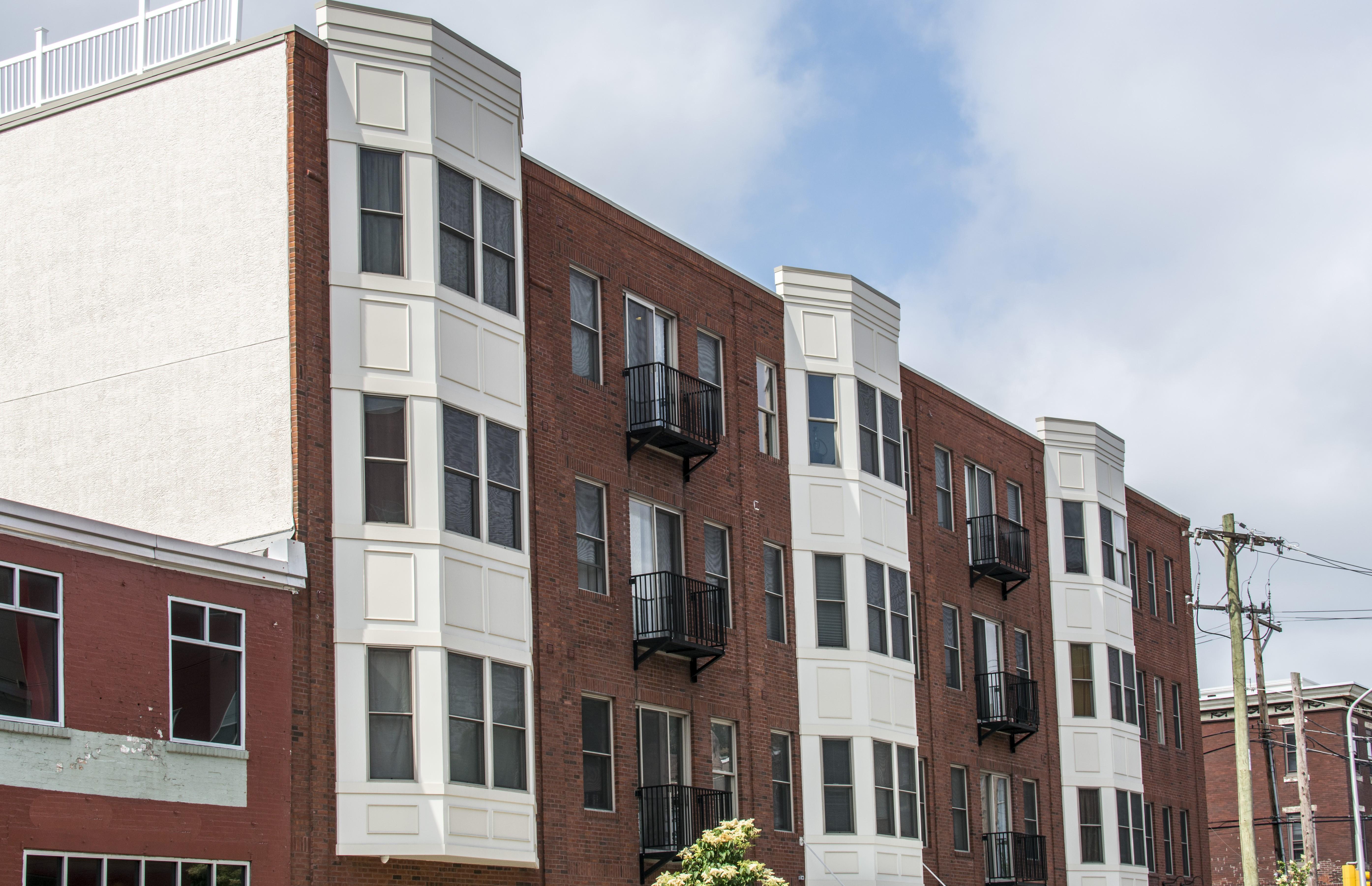 Apartments Near USP 1424 Fairmount Avenue for University of the Sciences in Philadelphia Students in Philadelphia, PA