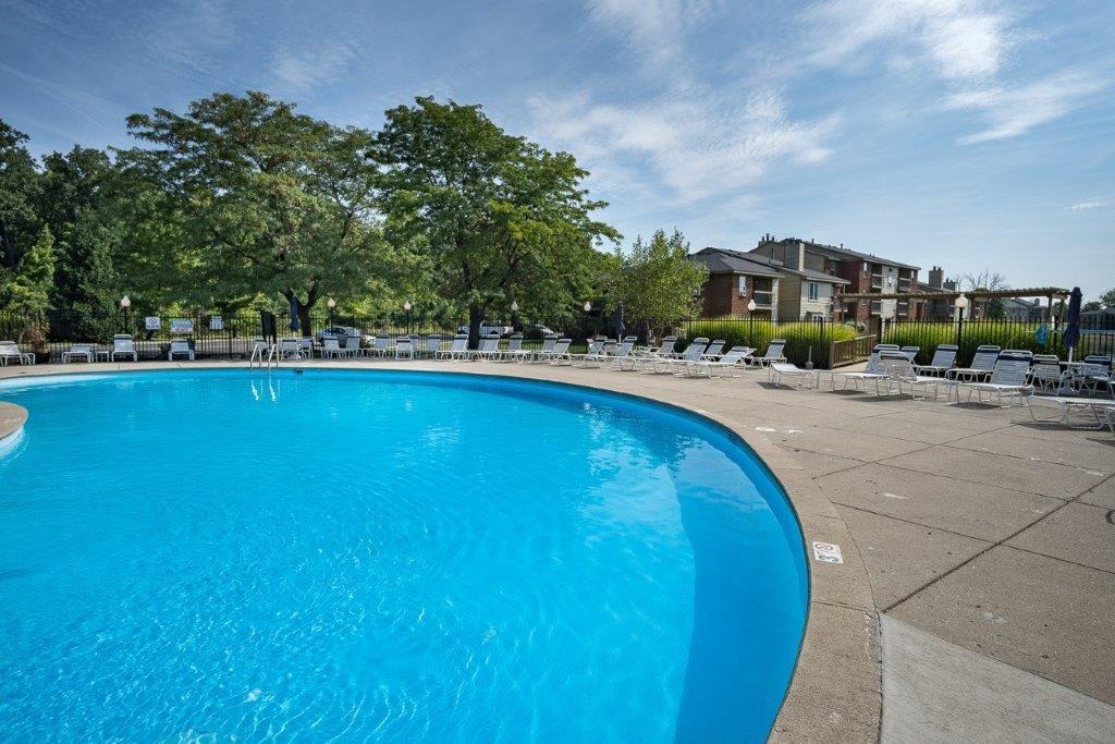 Hidden Lakes Apartment Homes rental