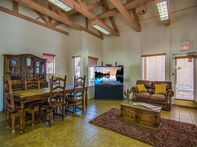 Live at Villa Del Rio Apartments