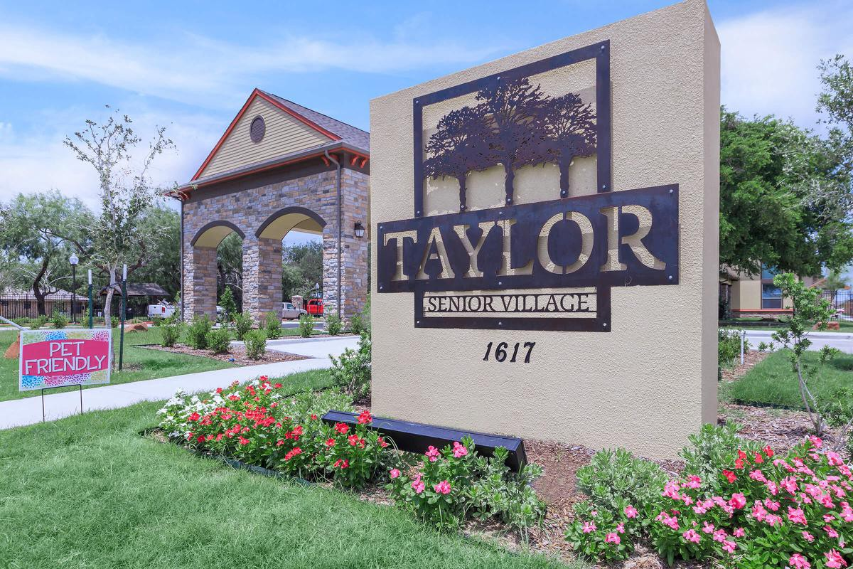 Apartments Near RGV Careers Taylor Senior Village for RGV Careers Students in Pharr, TX
