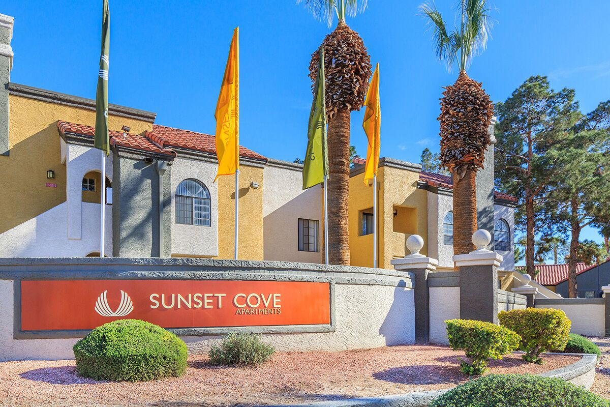 Sunset Cove Apartments