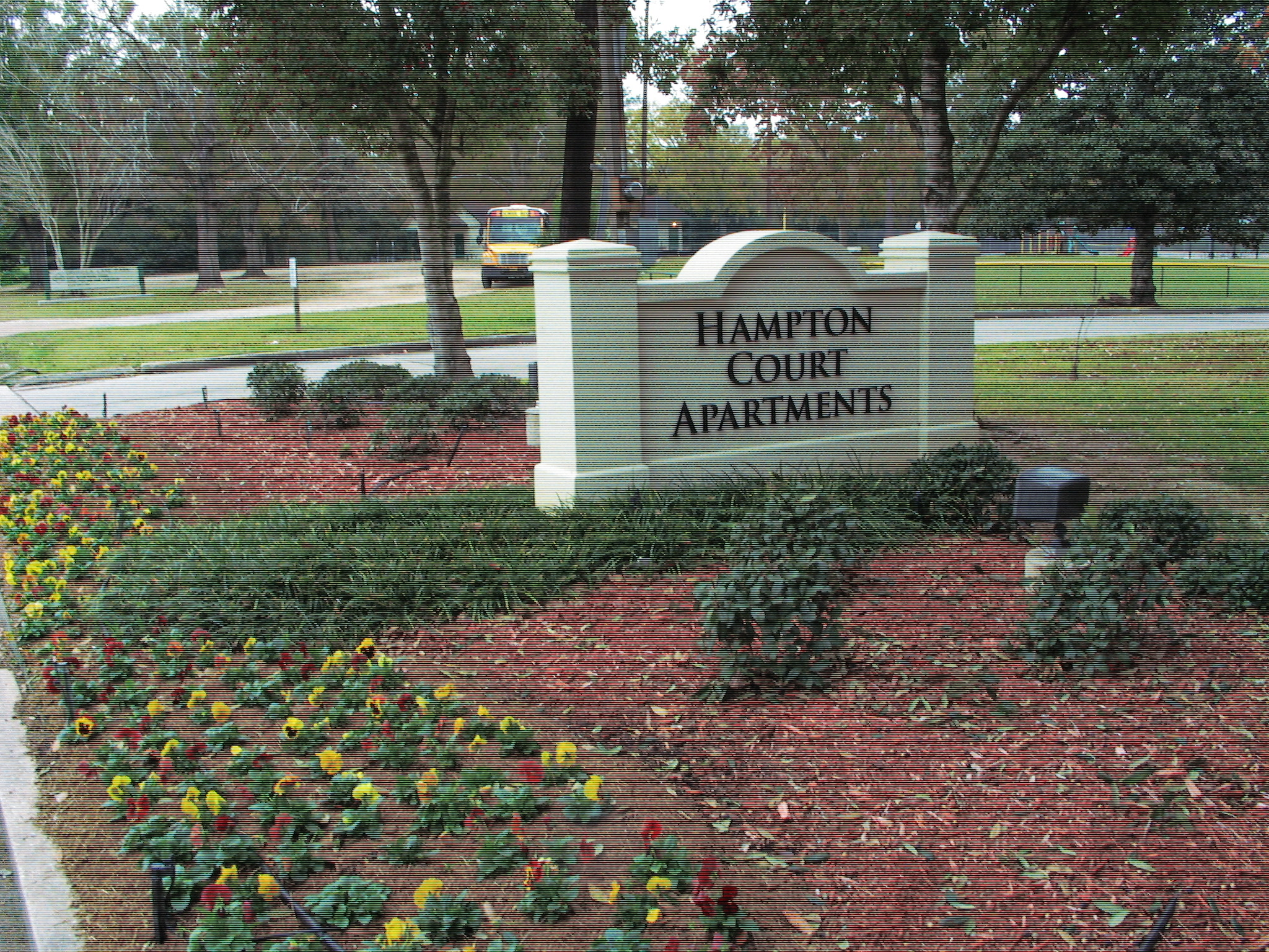 Apartments Near OLOLC Hampton Court Apartments for Our Lady of the Lake College Students in Baton Rouge, LA