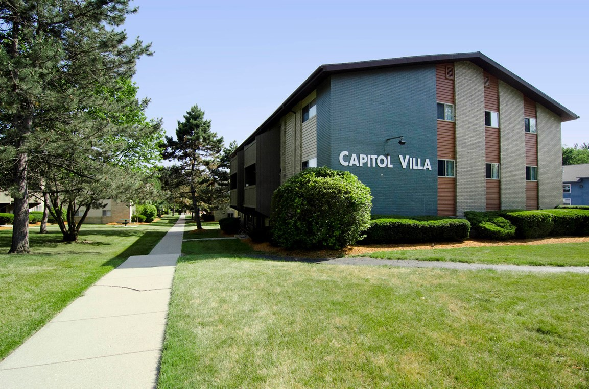 Apartments Near MSU Capitol Villa for Michigan State University Students in East Lansing, MI