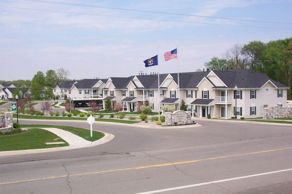 Woodland Lakes Apartments photo