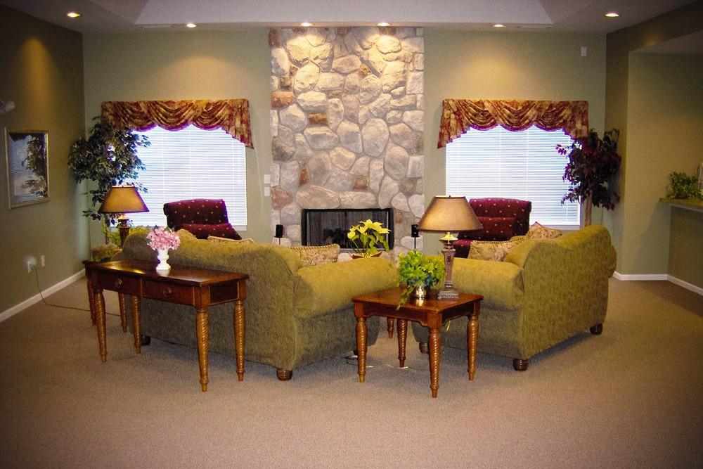 Woodland Lakes Apartments