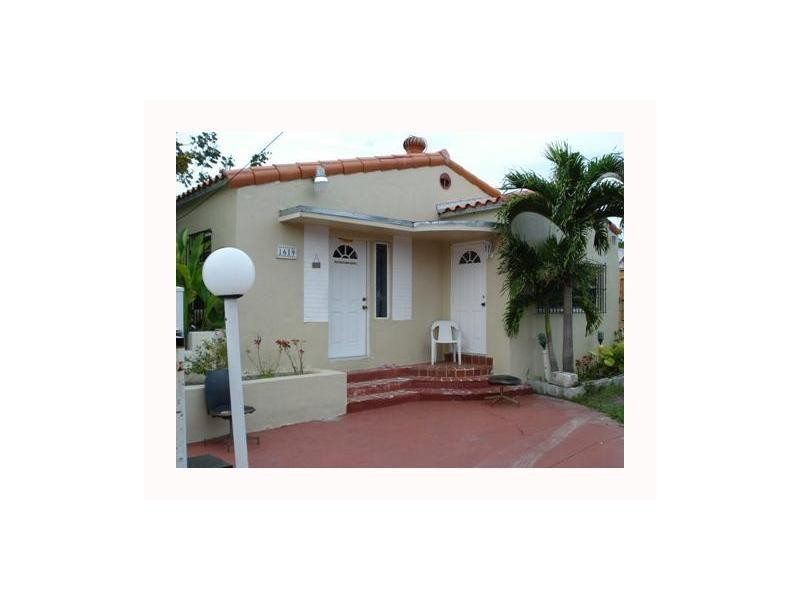 Miami   Allapattah Apartments for Rent. 1619 NW 27th St  REAR  Miami  FL 1 Bedroom Apartment for Rent for