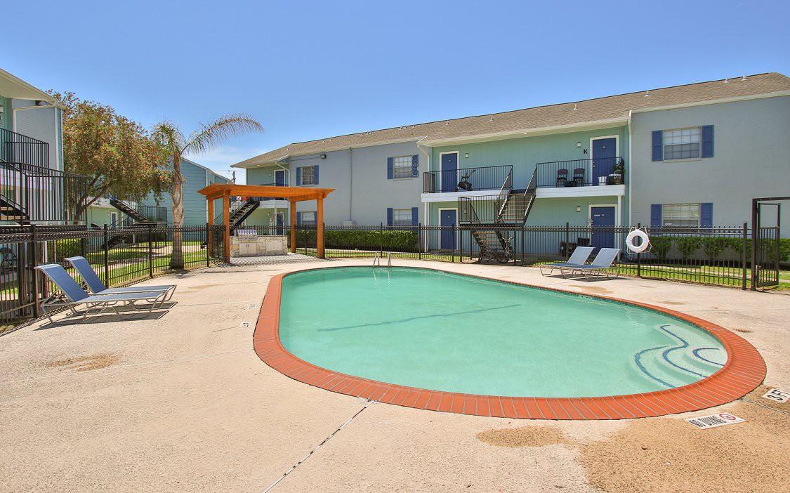 Banyan Bay Apartments photo