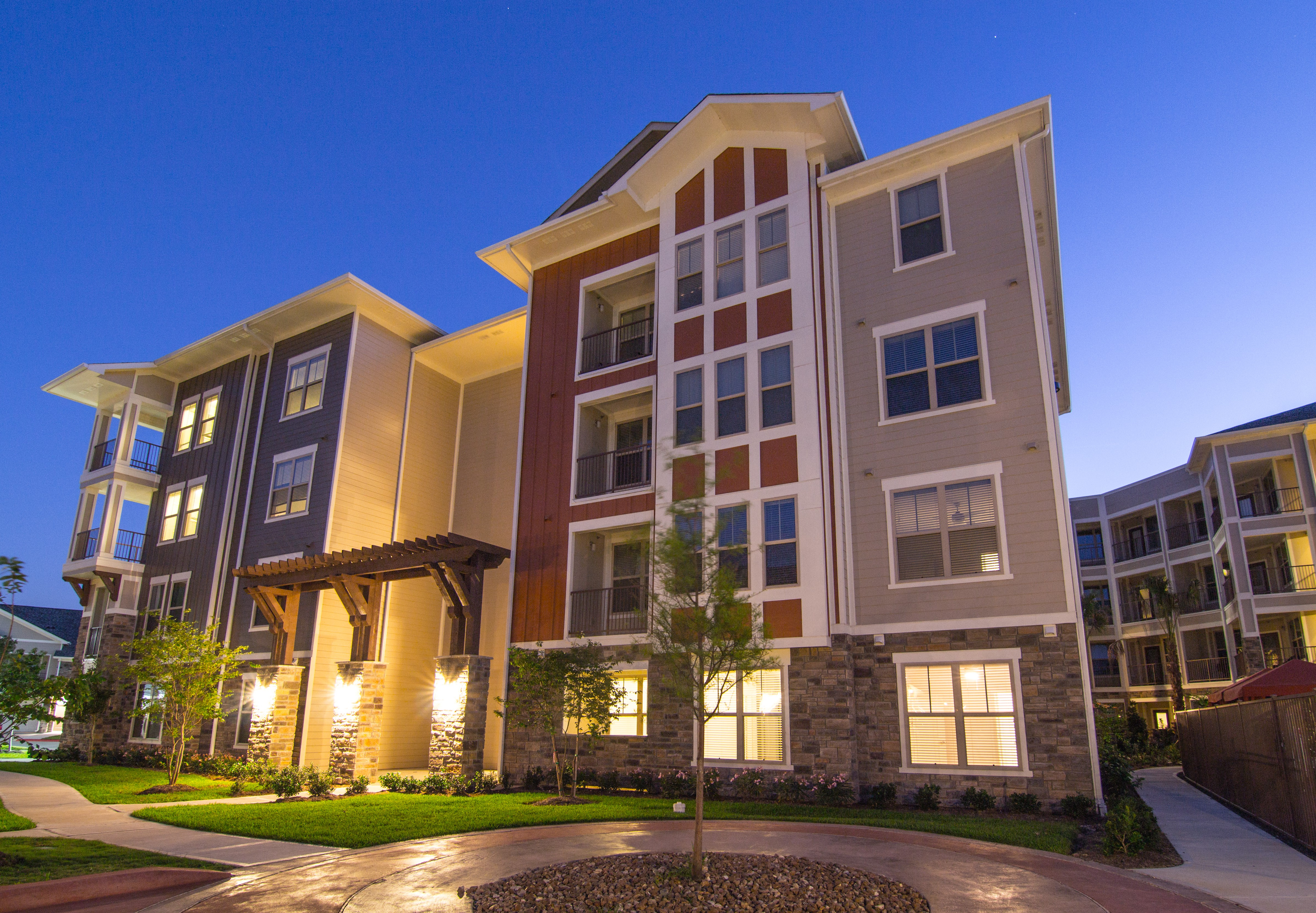 The Pointe at West Lake for rent