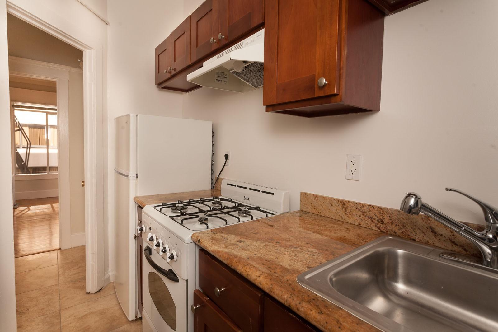 124 MASON Apartments photo